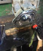 约克XJS/XJF95、120螺杆盐水机异常振动维修