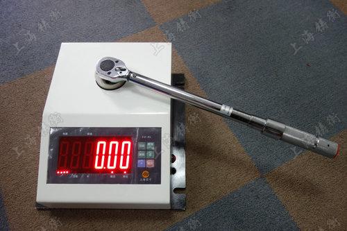 非标定制扭力扳手校准仪图片